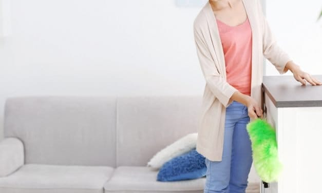 7 Quick Cleaning Tips to Get Your Home Company Ready in 30 Minutes