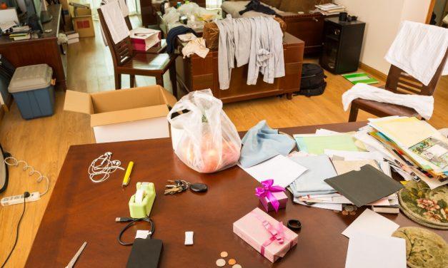 13 Easy & Genius Decluttering Tips for Hoarders