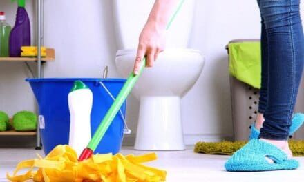 Top 10 Bathroom Cleaning Tips & Tricks to Make it Less Gross