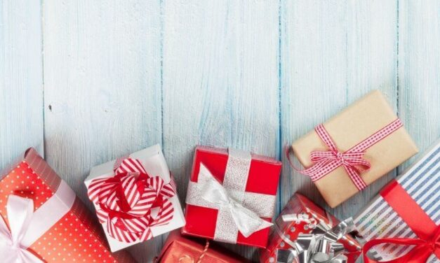 34 Greatest Clutter Free Gifts: Ideas for Everyone on Your List